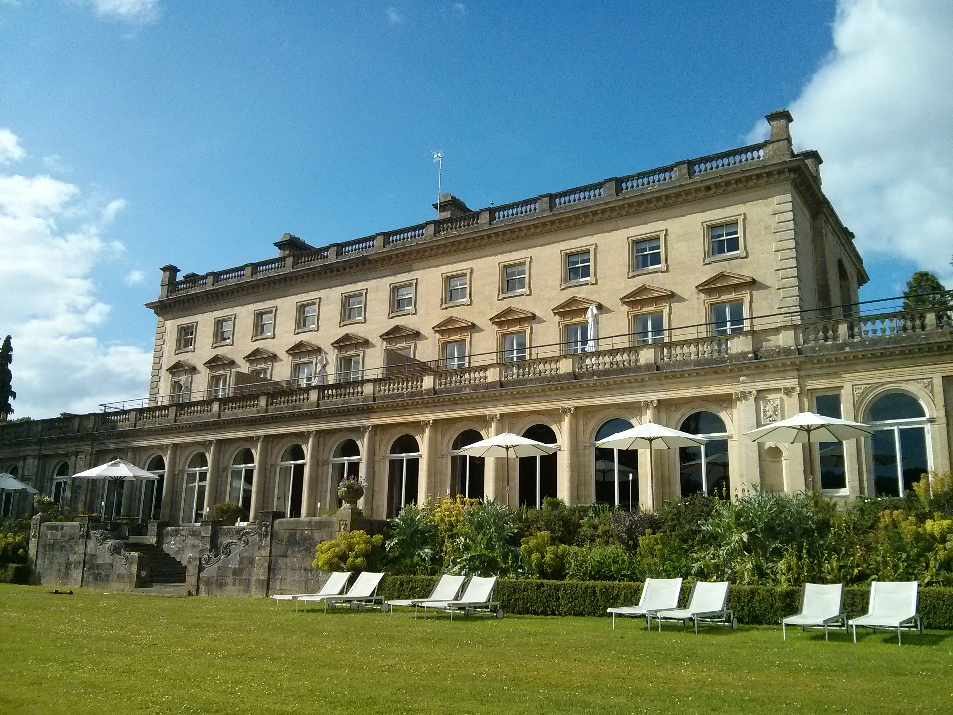 Cowley Manor – Review